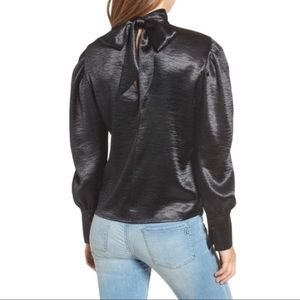 Leith Black Bloused Sleeve Top